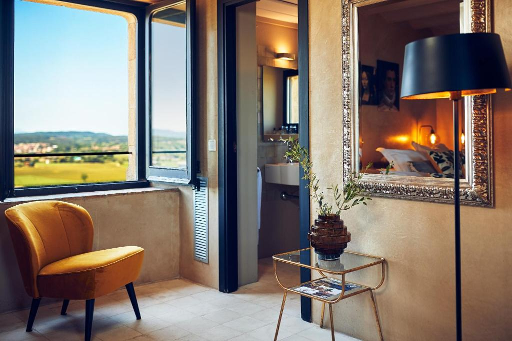 boutique hotels la bisbal  14