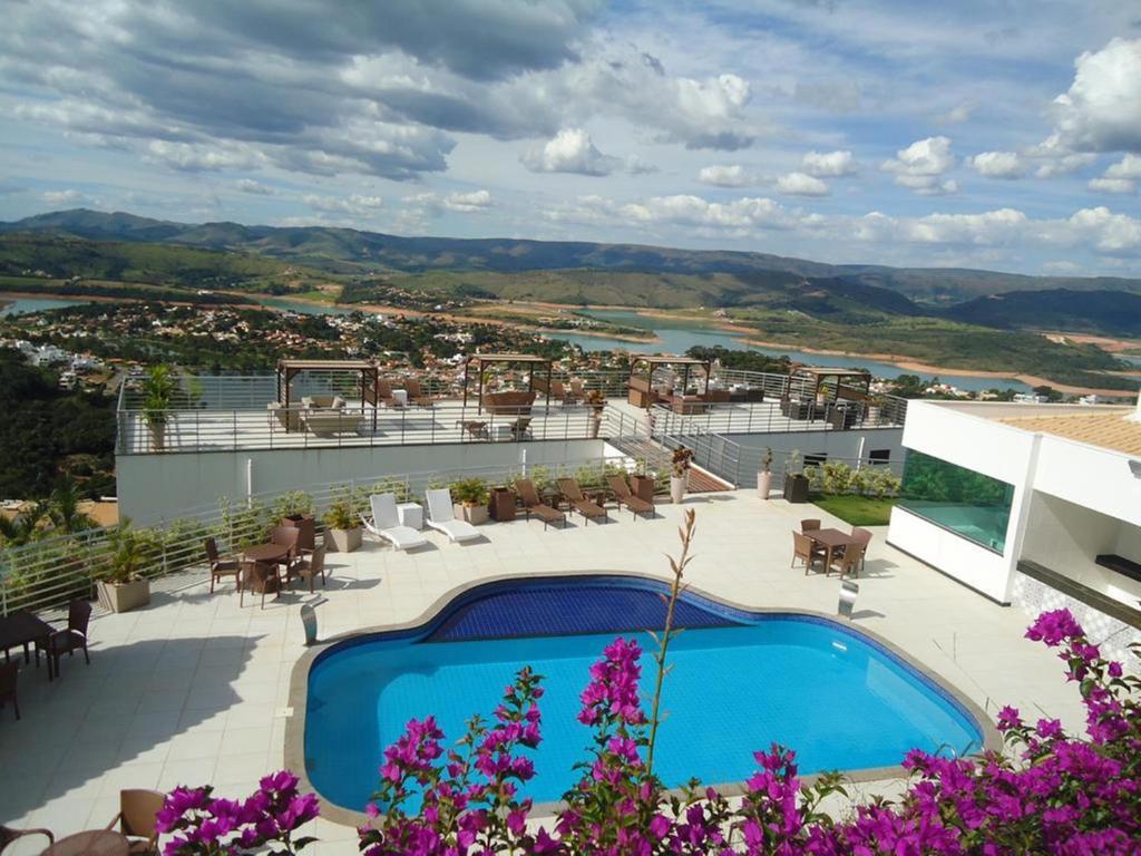 A view of the pool at ESCARPAS DO LAGO - CONDOMÍNIO MIRANTE de ESCARPAS or nearby