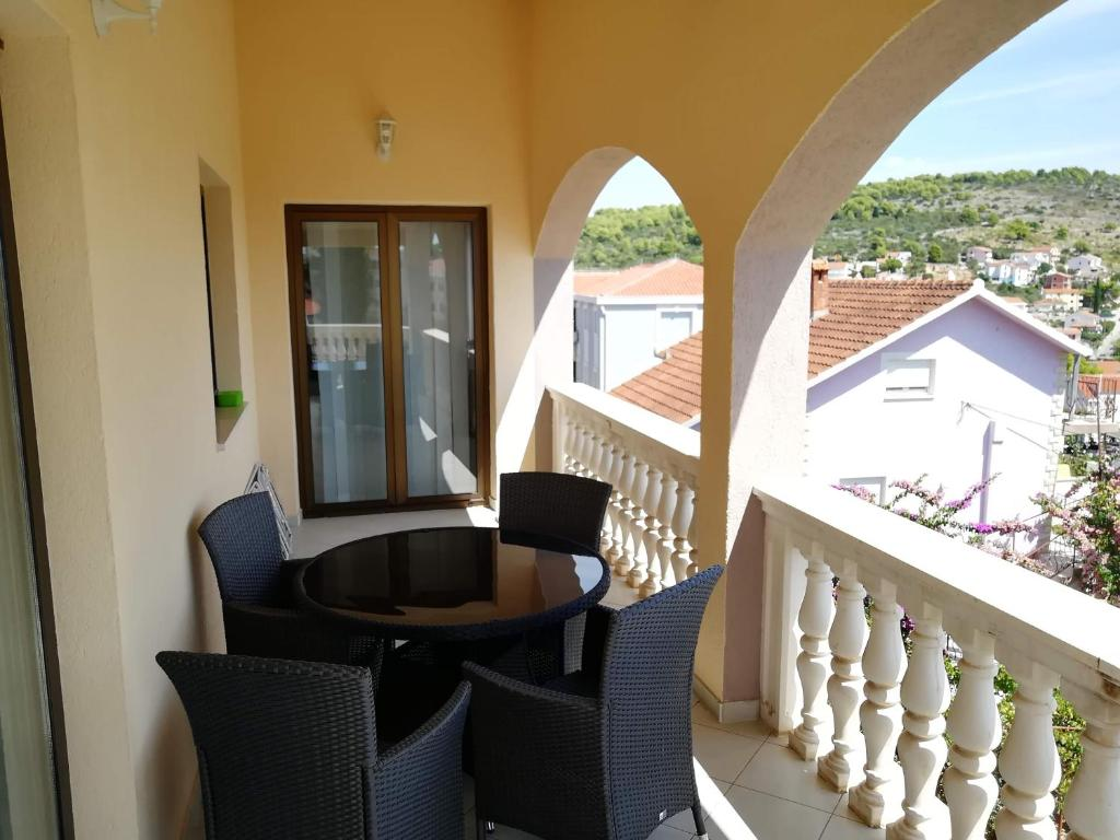 A balcony or terrace at Villa Jole