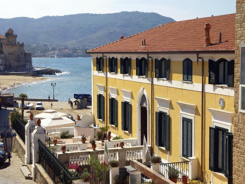 Hotel Villa Sirio Lungomare De Simone 15 Italy It Europe