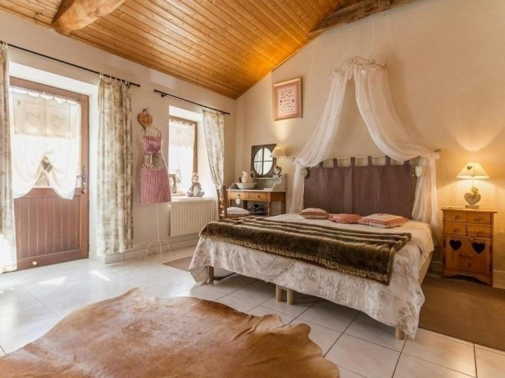 Ma Maison Ma Deco Arthon maison de vacances / gîte house une marmotte à la mer