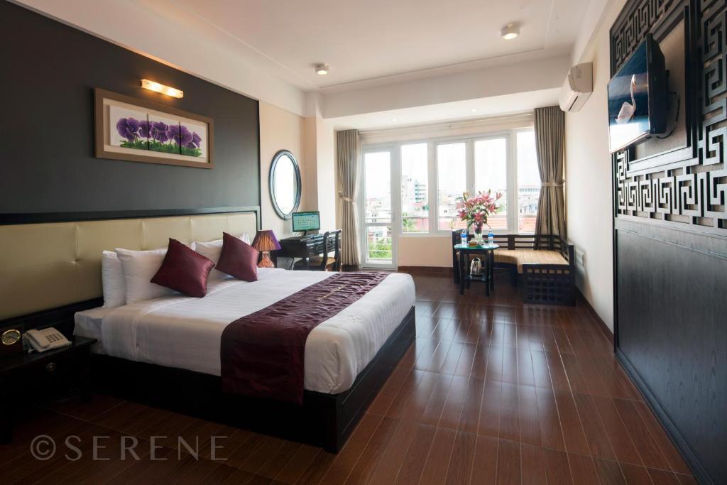 Khách sạn Huế Serene Palace