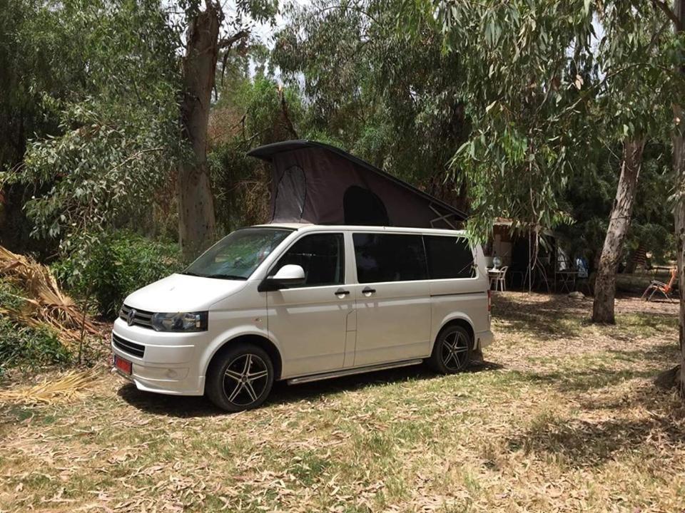 Vw Camper Van >> Vw Transporter T5 Camper Van Peyia Harga 2020 Terbaru