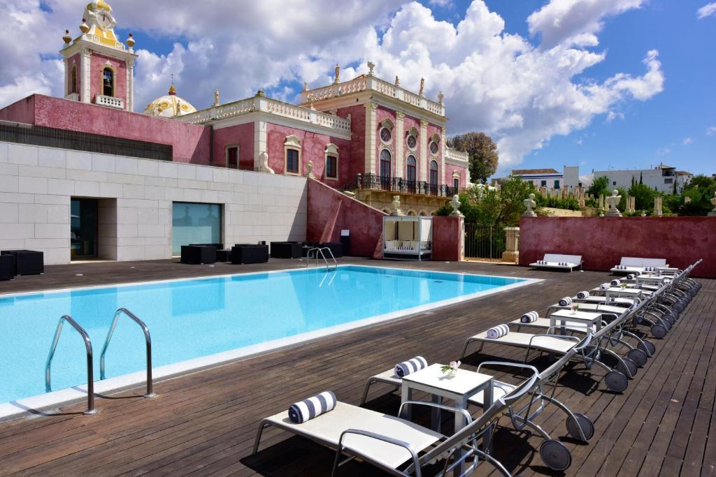 The swimming pool at or close to Pousada Palacio de Estoi – Small Luxury Hotels of the World