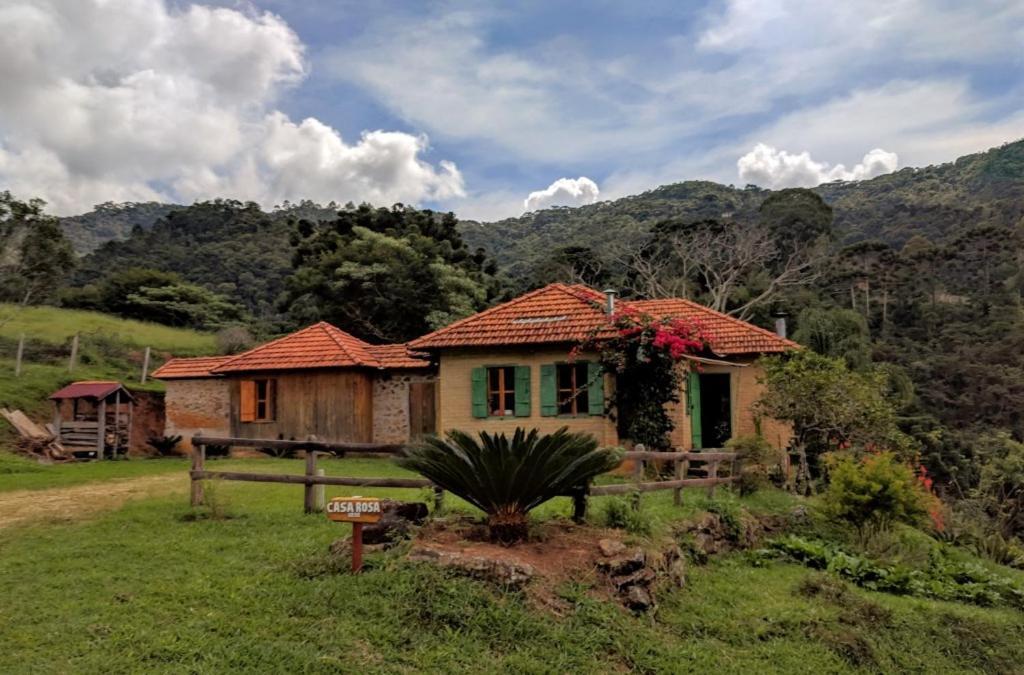 Casa de Campo Casa Sede da Fazenda (Brasil Gonçalves ...