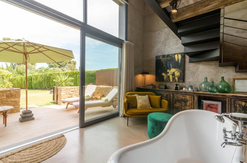 boutique hotels in girona  159