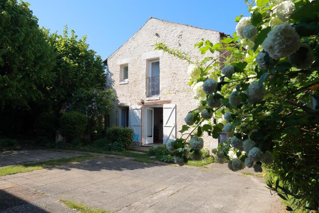 Apartments In Vouillé Poitou-charentes