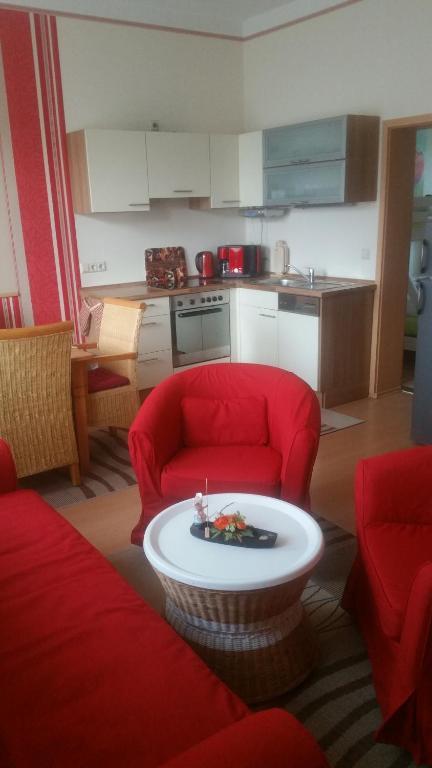 Küche/Küchenzeile in der Unterkunft Fewo-Storchenblick