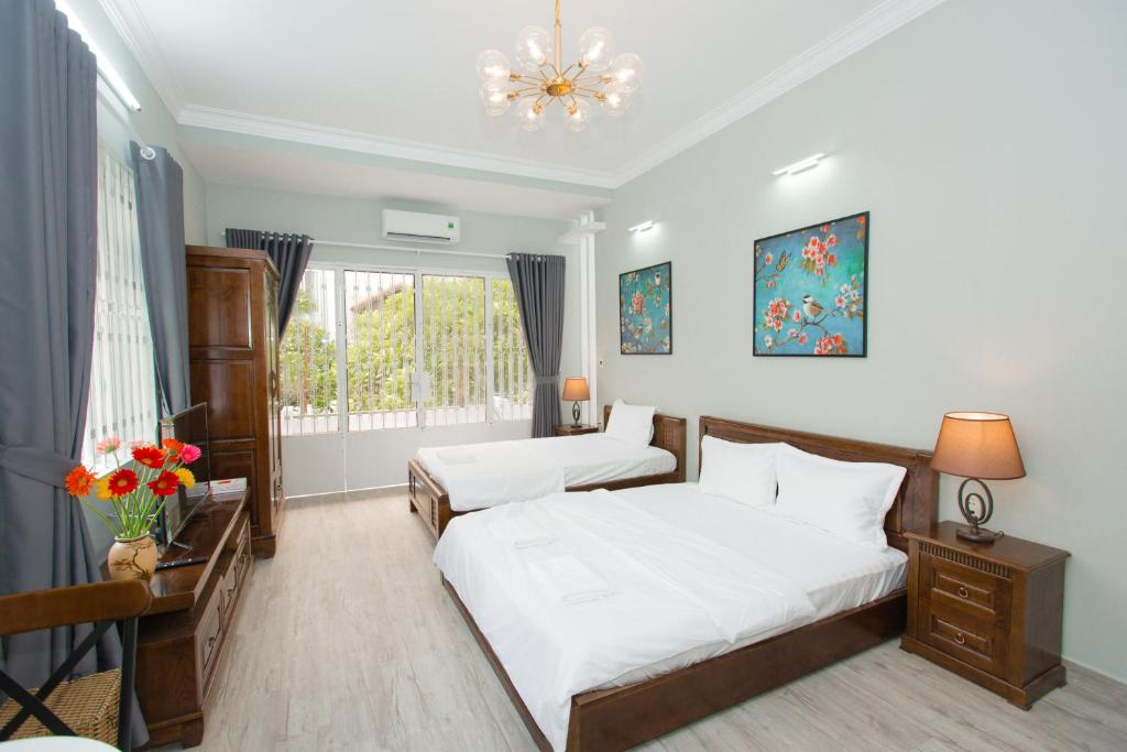 A bed or beds in a room at CBD Home 3 - Home in central - The Art