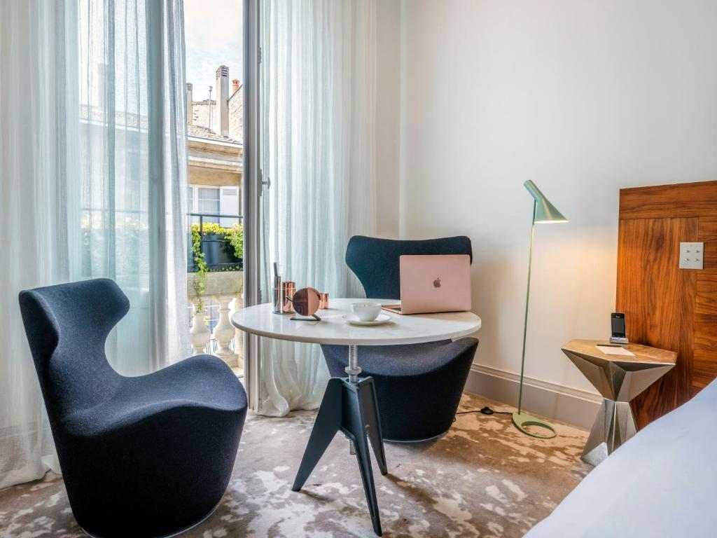 منطقة جلوس في Yndo Hôtel