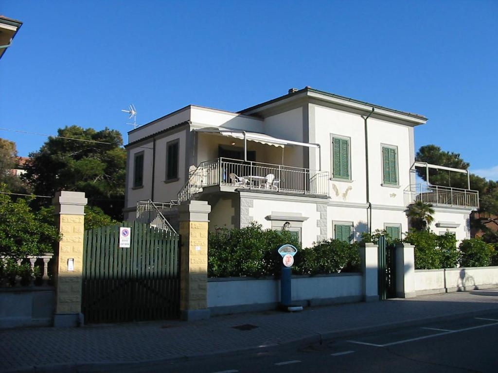 Apartment Terrazza Marina Di Castagneto Carducci Italy