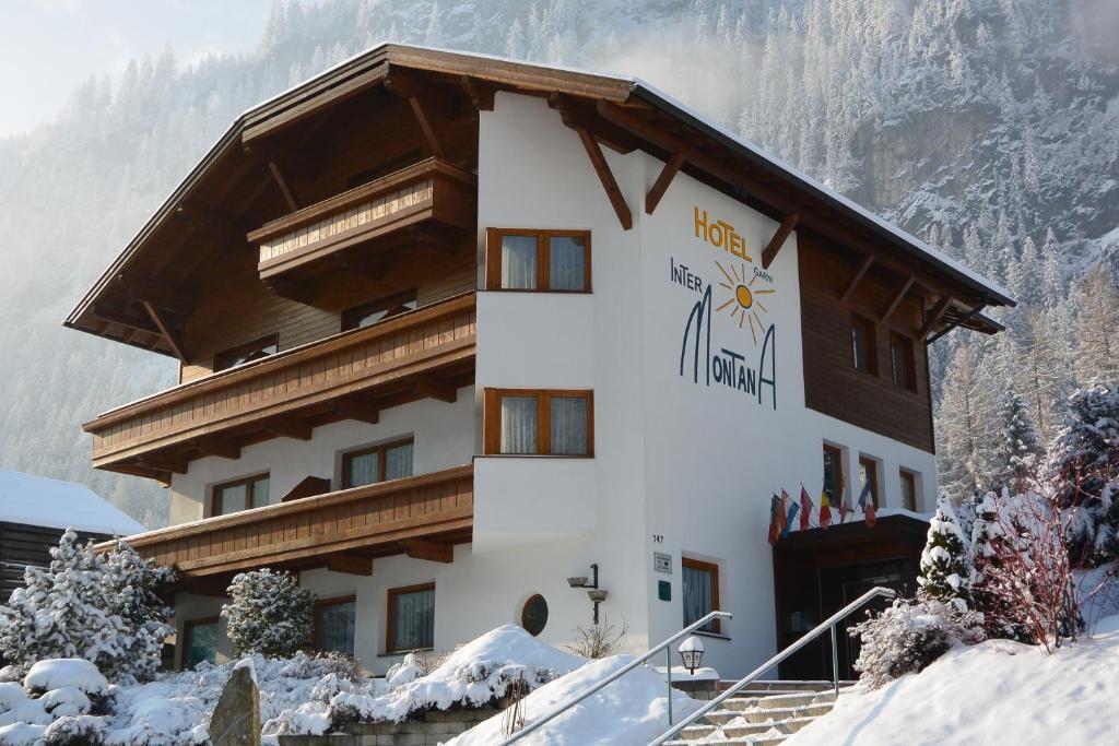 InterMontana Hotel garni зимой