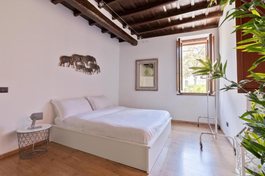 Hotel Dei Fiori Roma.Heliconia Apartment Campo Dei Fiori Roma Atnaujintos 2020 M