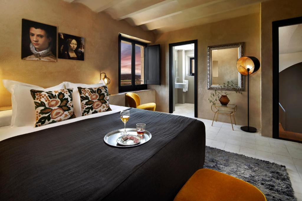 boutique hotels la bisbal  18