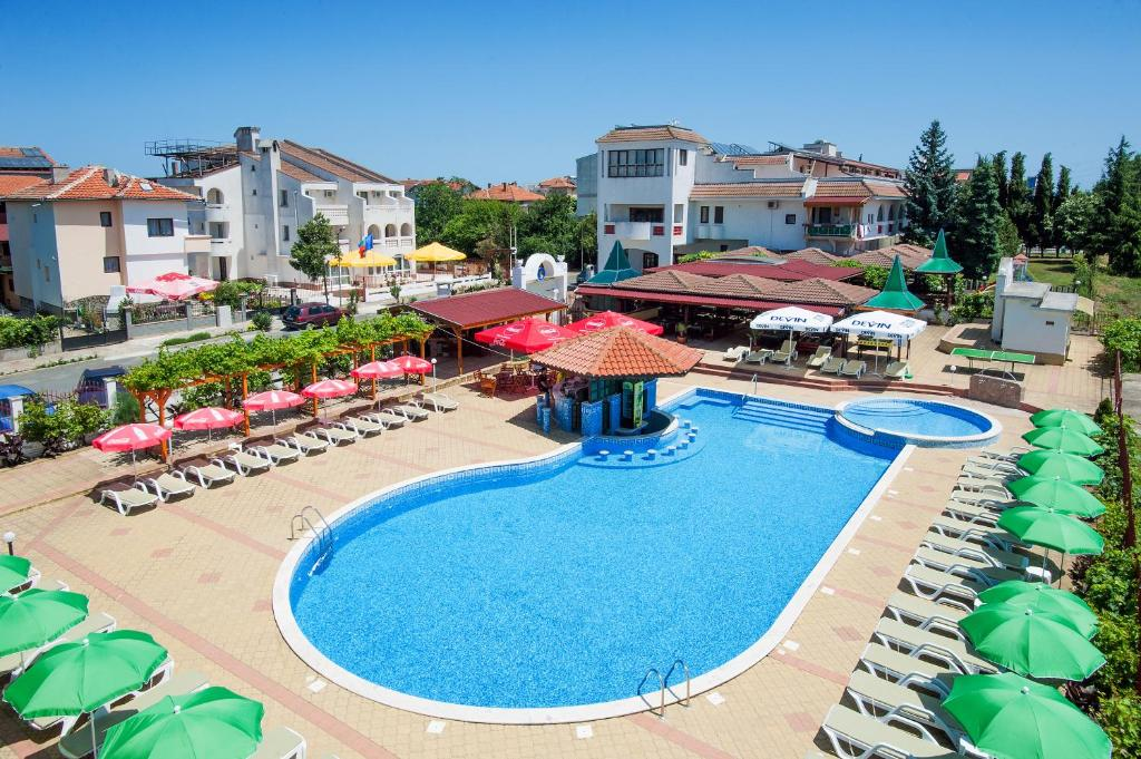 A view of the pool at Stefanov 2 Hotel or nearby