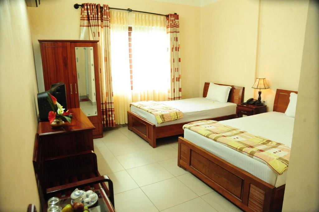 Khách Sạn Hồng Thăng