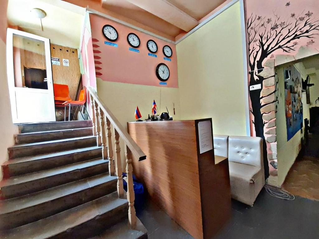 Lobby alebo recepcia v ubytovaní Republic Square Hostel and Tours
