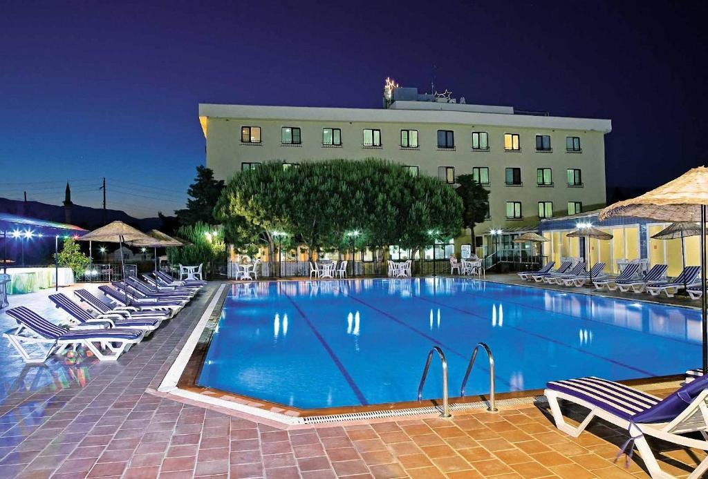 Adramis Thermal Hotel