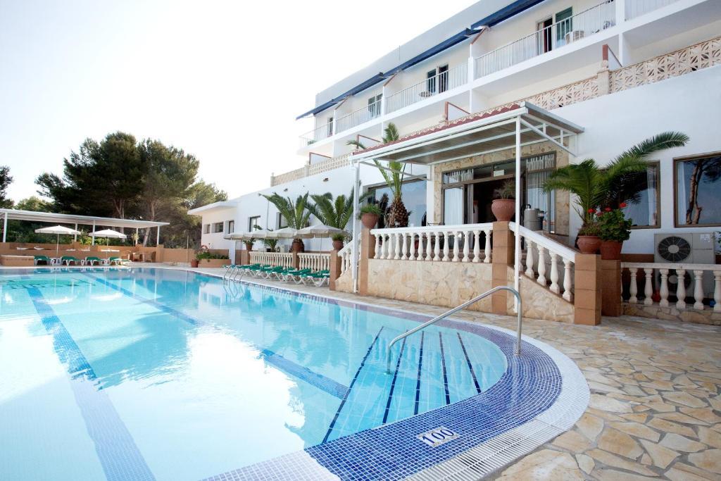 Hotel & Spa Entre Pinos (España Es Caló) - Booking.com