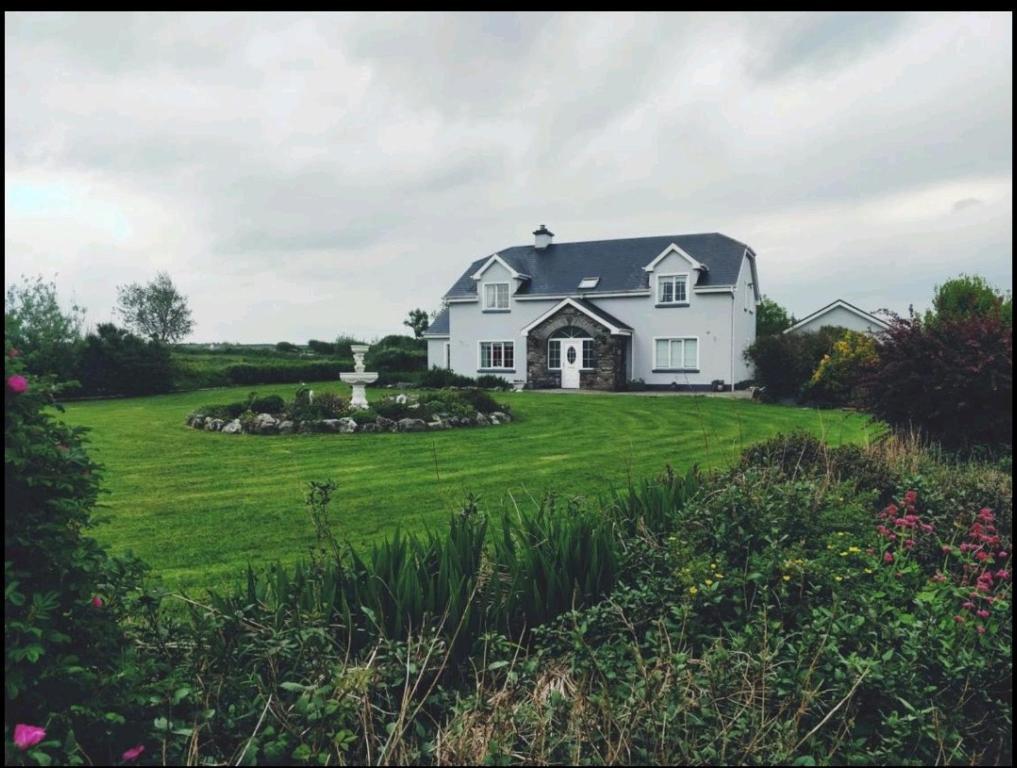 2020 Black Chat Site Miltown Malbay (Ireland) - kurikku.co.uk