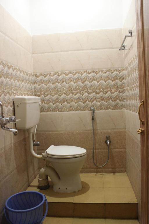 A bathroom at Tango Beach Resort