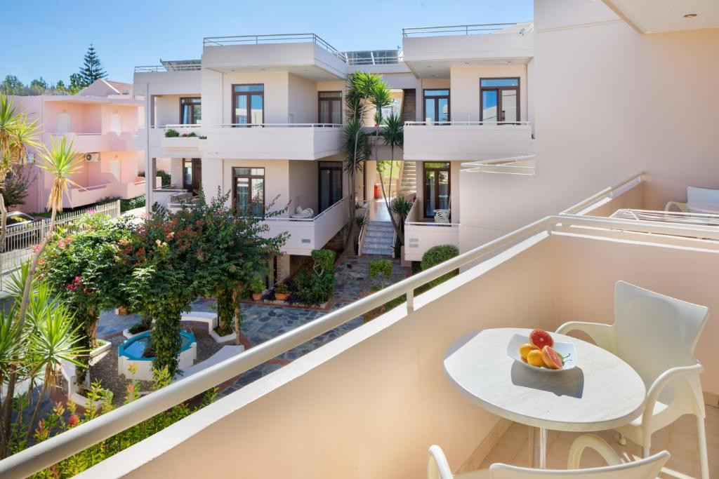 Oscar Suites Village Agia Marina De Nea Kydonia Precios