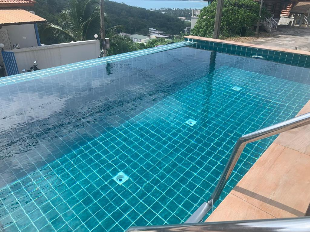 The swimming pool at or close to Villa Freedom