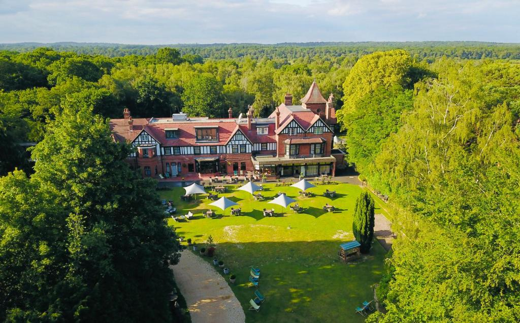 A bird's-eye view of Forest Park Hotel