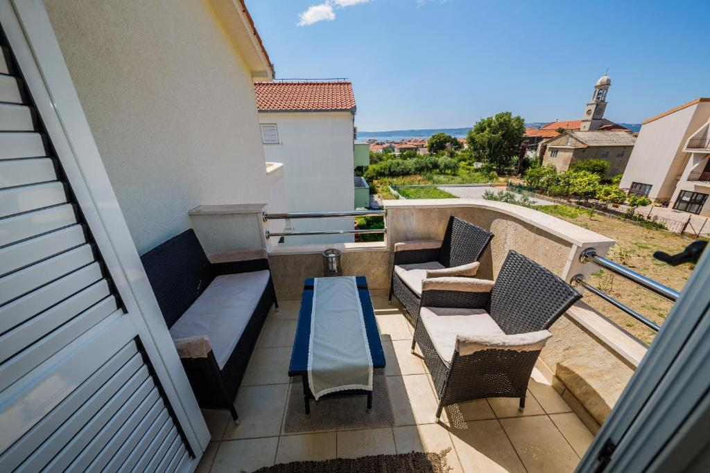 A balcony or terrace at Villa Danijela