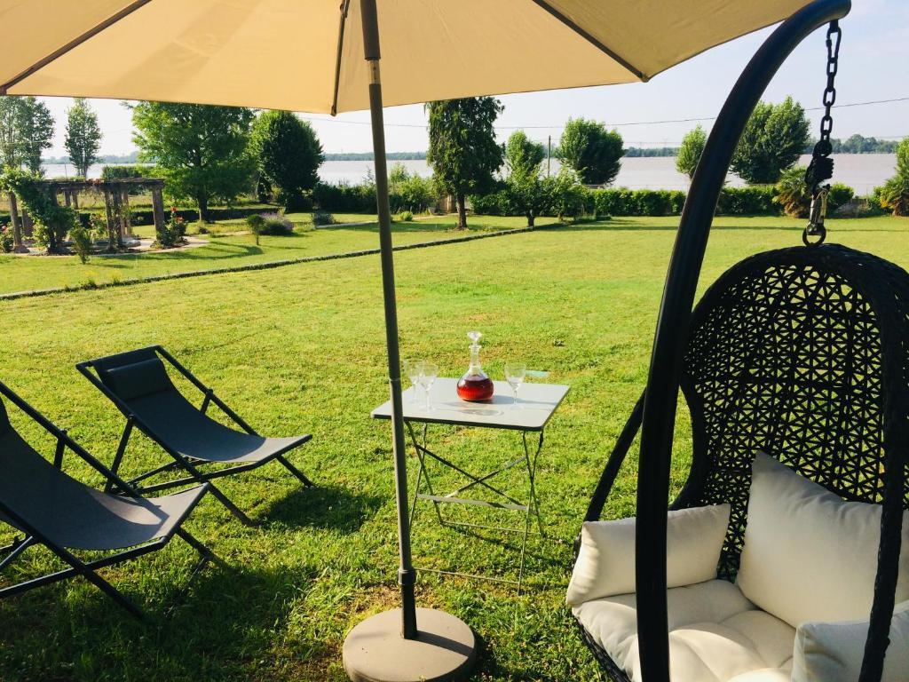 Villa Bacchus (Frankreich Bourg-sur-Gironde) - Booking.com
