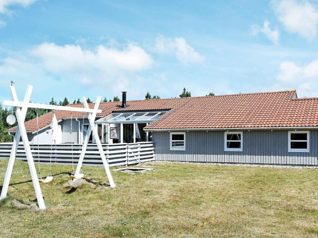 Five-Bedroom Holiday home in Blåvand 17