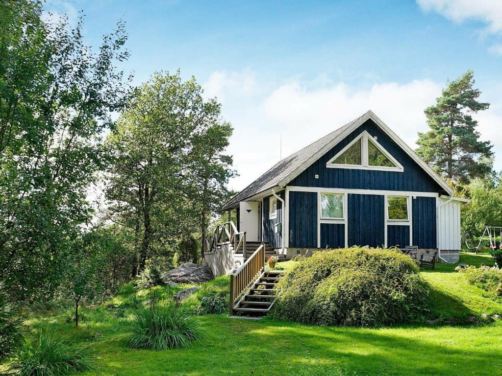 Spekerds Prstgrd - Cottages for Rent in Stenungsund