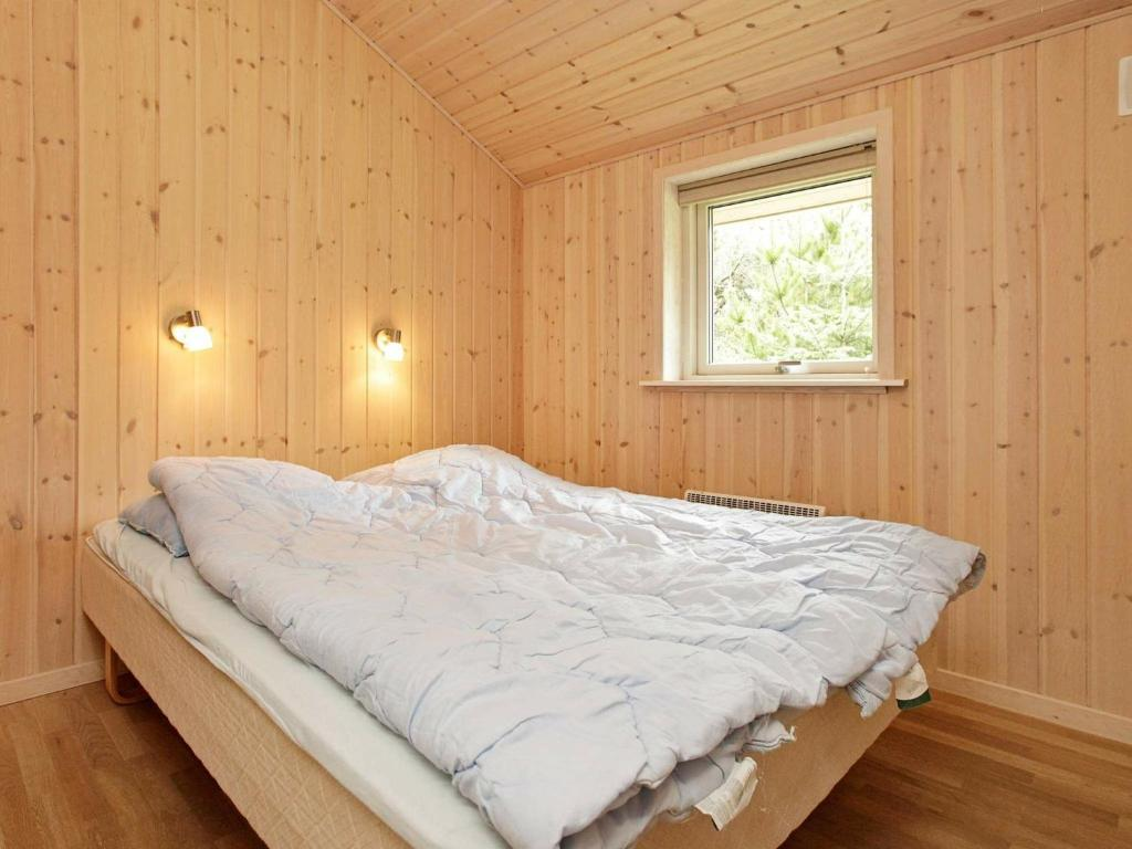 Five-Bedroom Holiday home in Blåvand 6