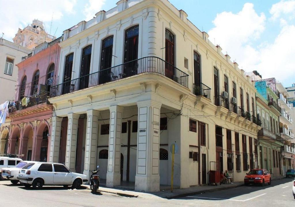 Guesthouse La Terraza De Mary Habana Vieja Havana Cuba