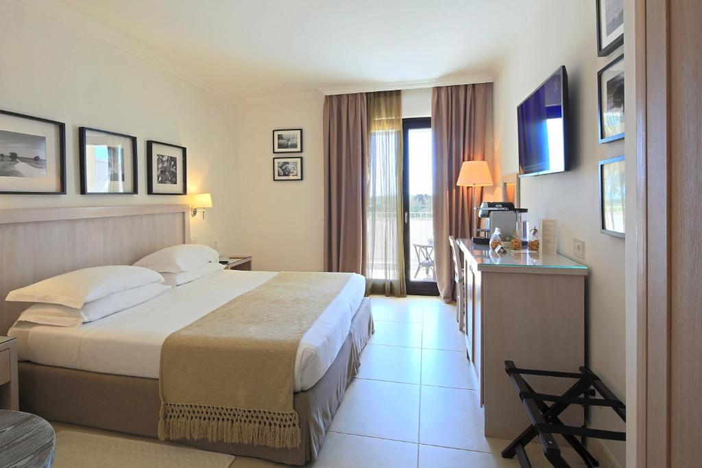 Canne Bianche Lifestyle Hotel Torre Canne Italy Bookingcom