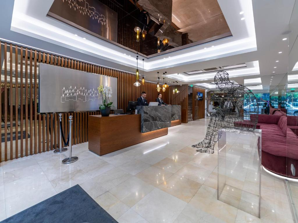 The lobby or reception area at Polis Grand Hotel