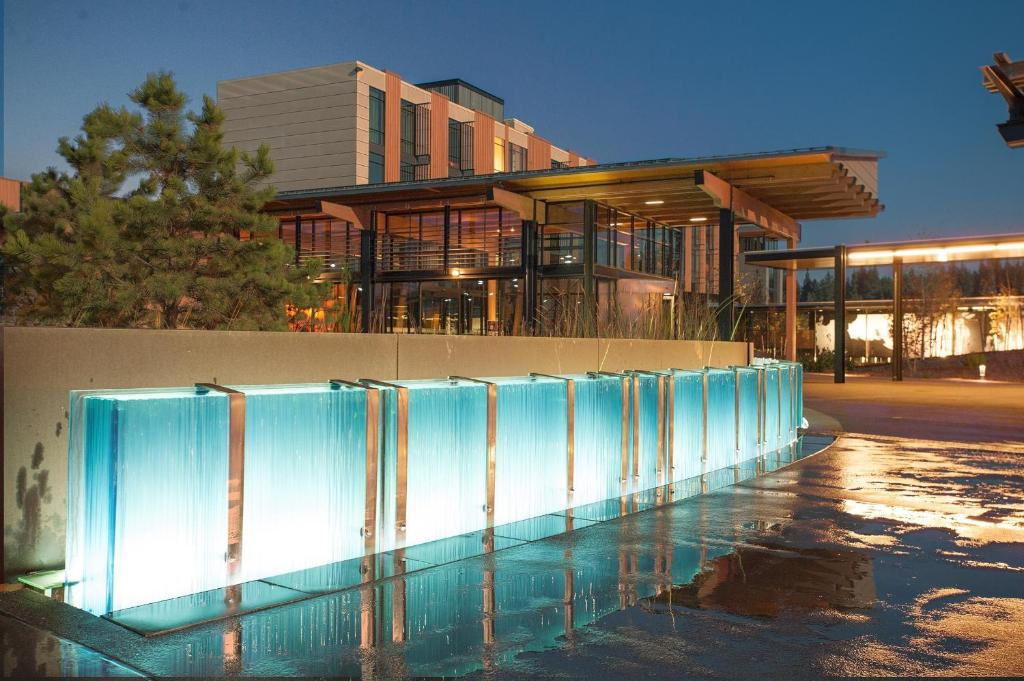 The swimming pool at or close to Coeur D'Alene Casino Resort Hotel