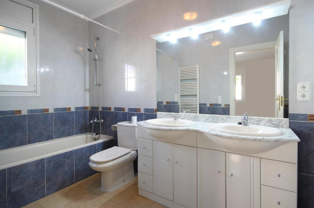 Sunrise Villa Cadiz A (Spanje Miami Platja) - Booking.com