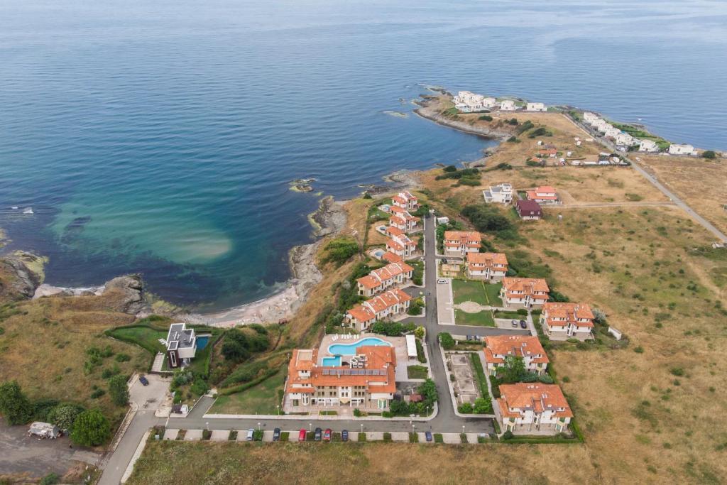 A bird's-eye view of Hotel Lalov Egrek