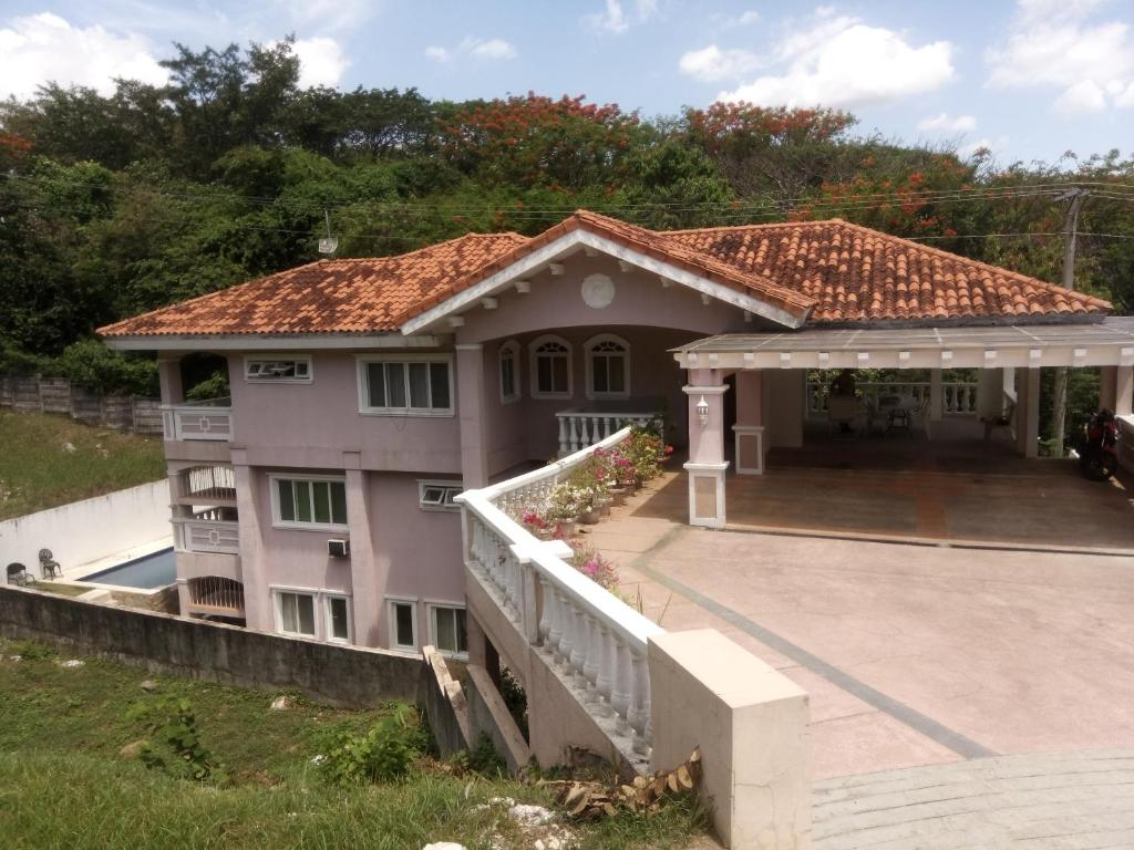 Holiday Home 4 Br House With Pool And Billiards Terrazas