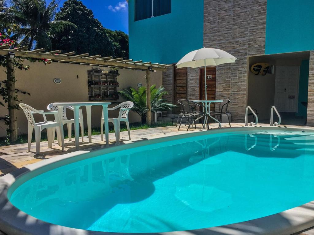 A piscina localizada em Espaço Santa Flora ou nos arredores