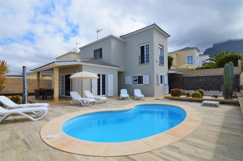 Tenerife Holiday Villa Mariposa with Pool, Adeje – Updated ...