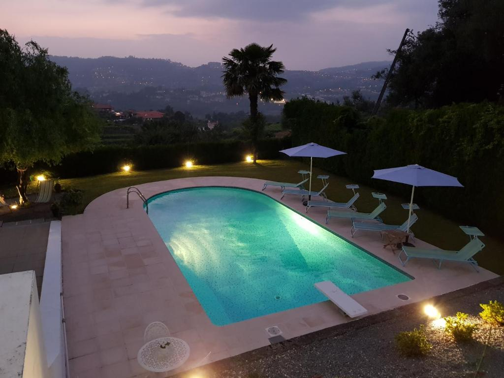 A view of the pool at Casa de Ladrido or nearby