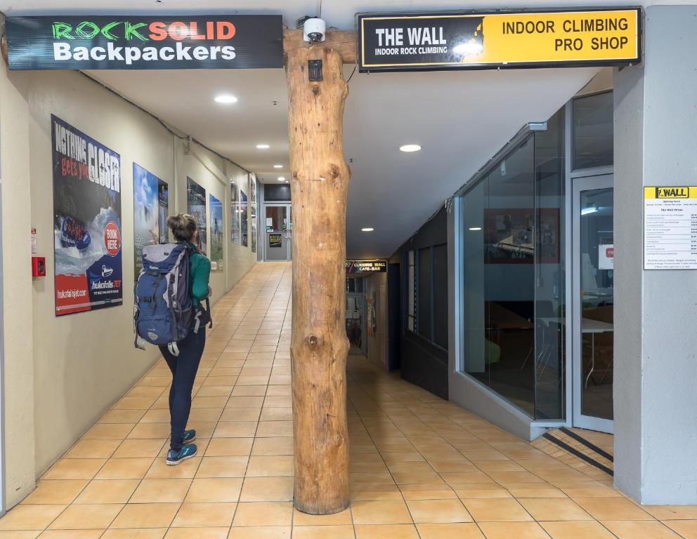 Rock Solid Backpackers Rotorua