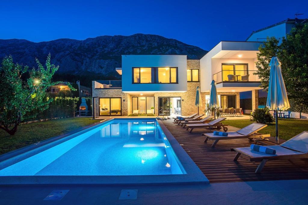 Villa Agava with heated pool, Jacuzzi, sauna, gym, 4 en ...