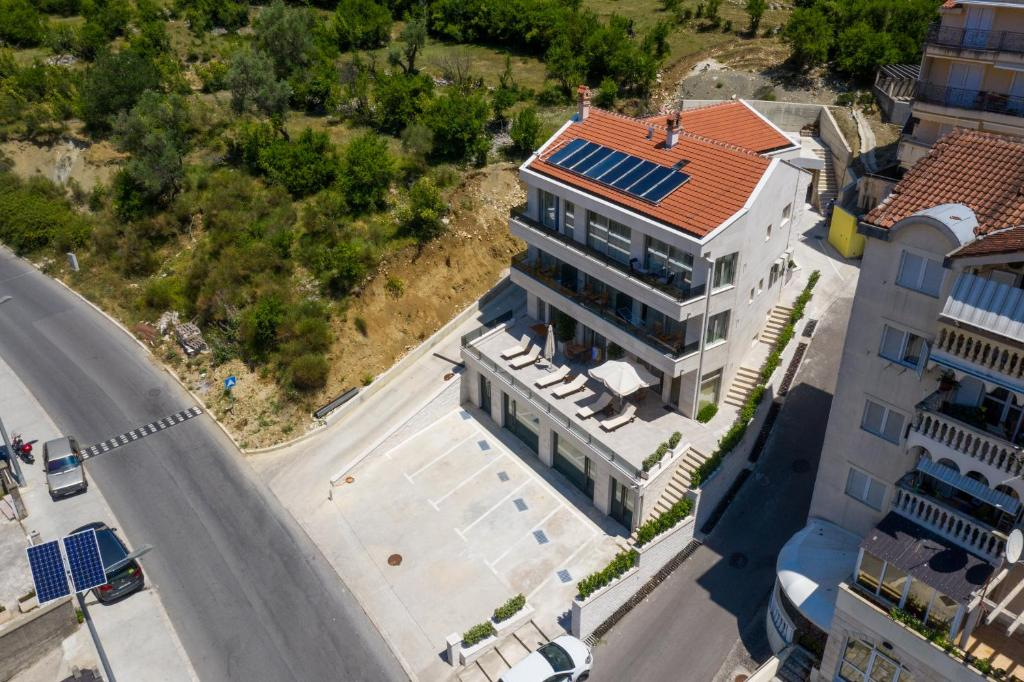 A bird's-eye view of Casa Nuova