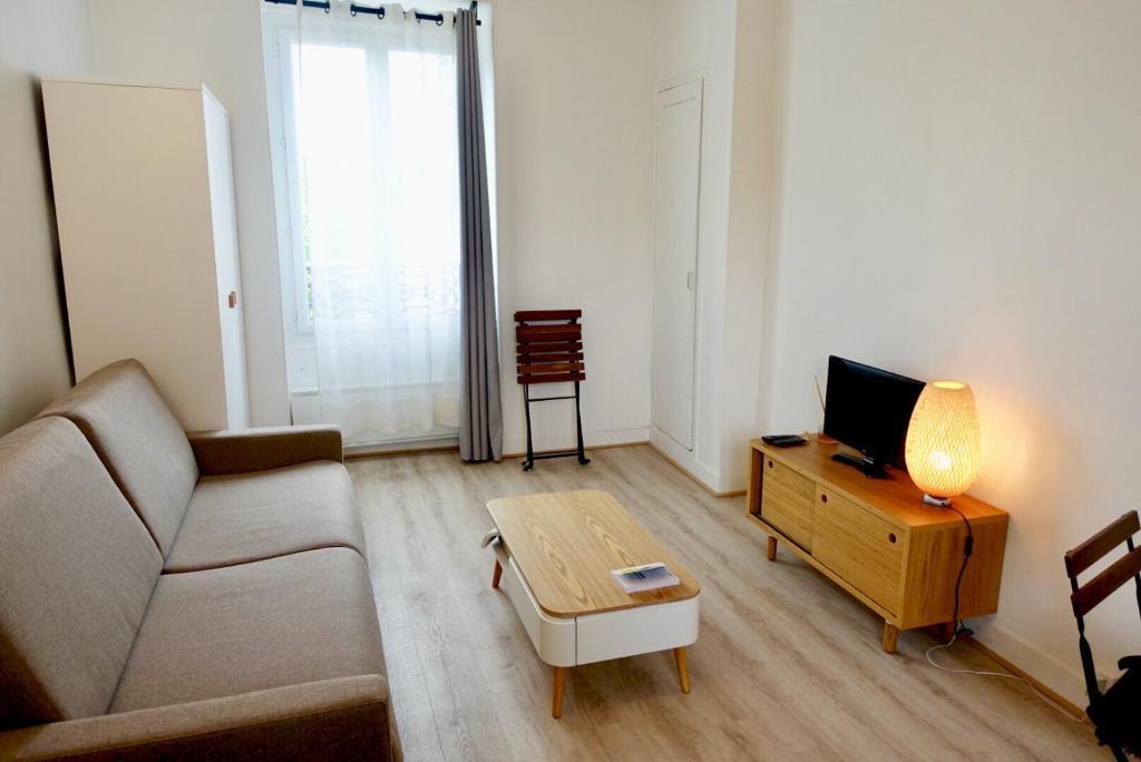 Apartment Charmant Studio Refait A Neuf Ideal Pour Une Ou Deux