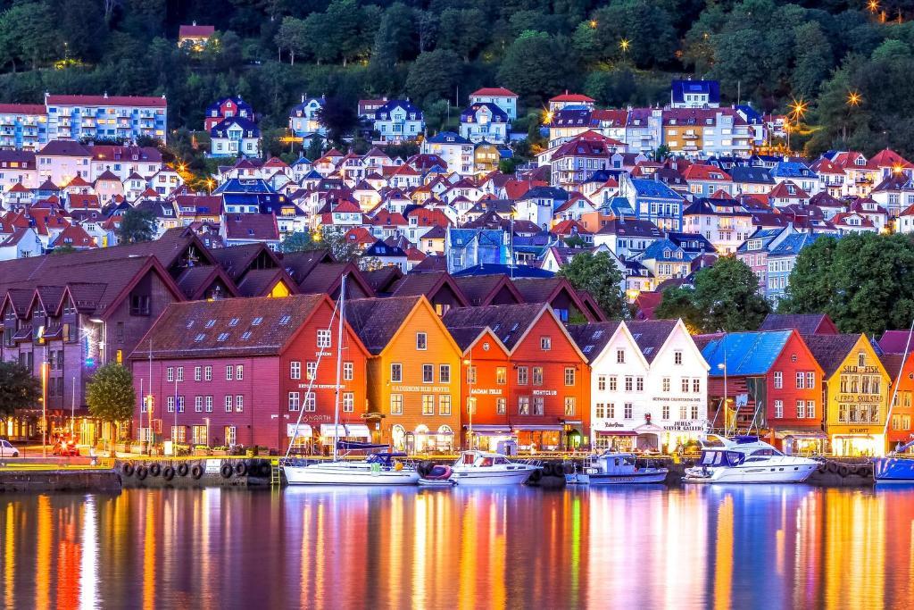 12 Best Latest arrivals! NORWEGIAN RAIN Bergen images