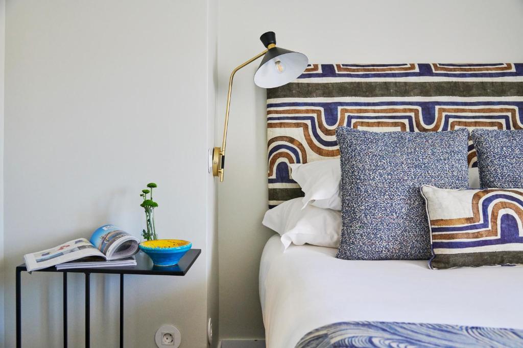 Łóżko lub łóżka w pokoju w obiekcie Lisbon Best Choice Apartments Alfama