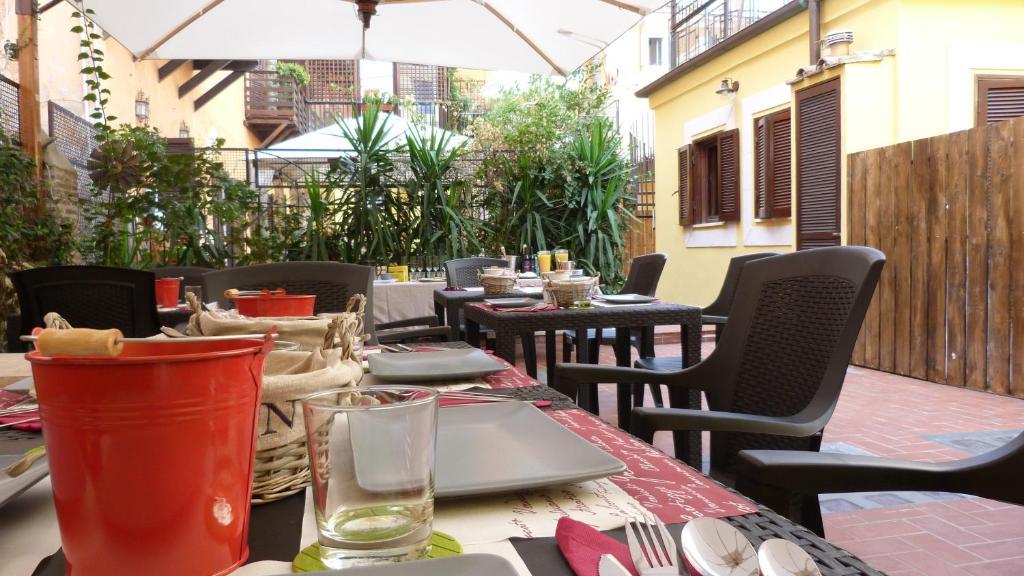 Hotel Dei Fiori Roma.Bed And Breakfast Casa Campo De Fiori Rome Italy Booking Com